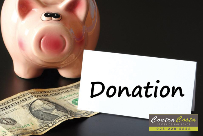 Don't Get Scammed Out Of Your Donations This Christmas